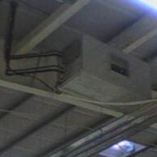Монтаж канального кондиционера большой мощности под потолком строительного супермаркета, Киев