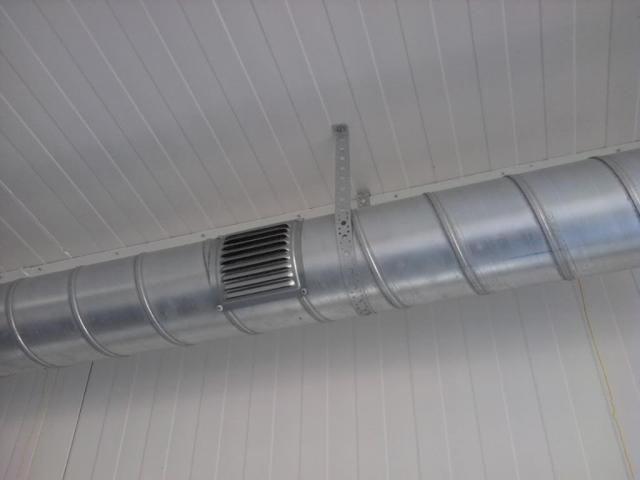 Бюджетная решетка вентиляционной системы