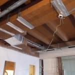 Внешний вид процесса монтажа вентляции и кондиционирования